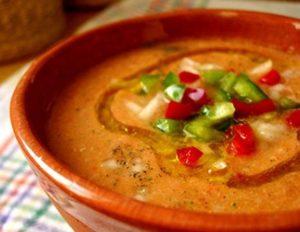 アンダルシア風ガスパッチョスープ(スペインの冷製スープ)
